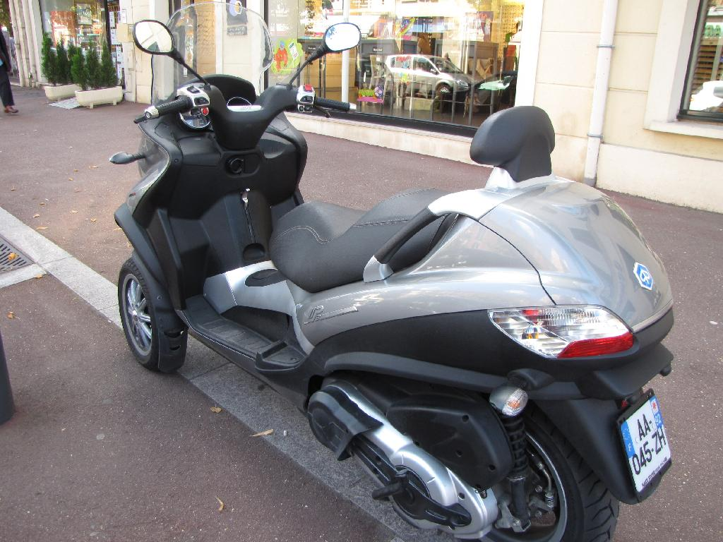 Scooter PIAGGIO MP3 400 LT occasion