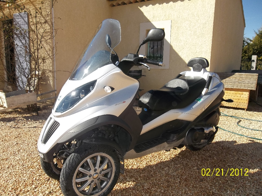 annonce scooter piaggio mp3 400 ie occasion de 2009