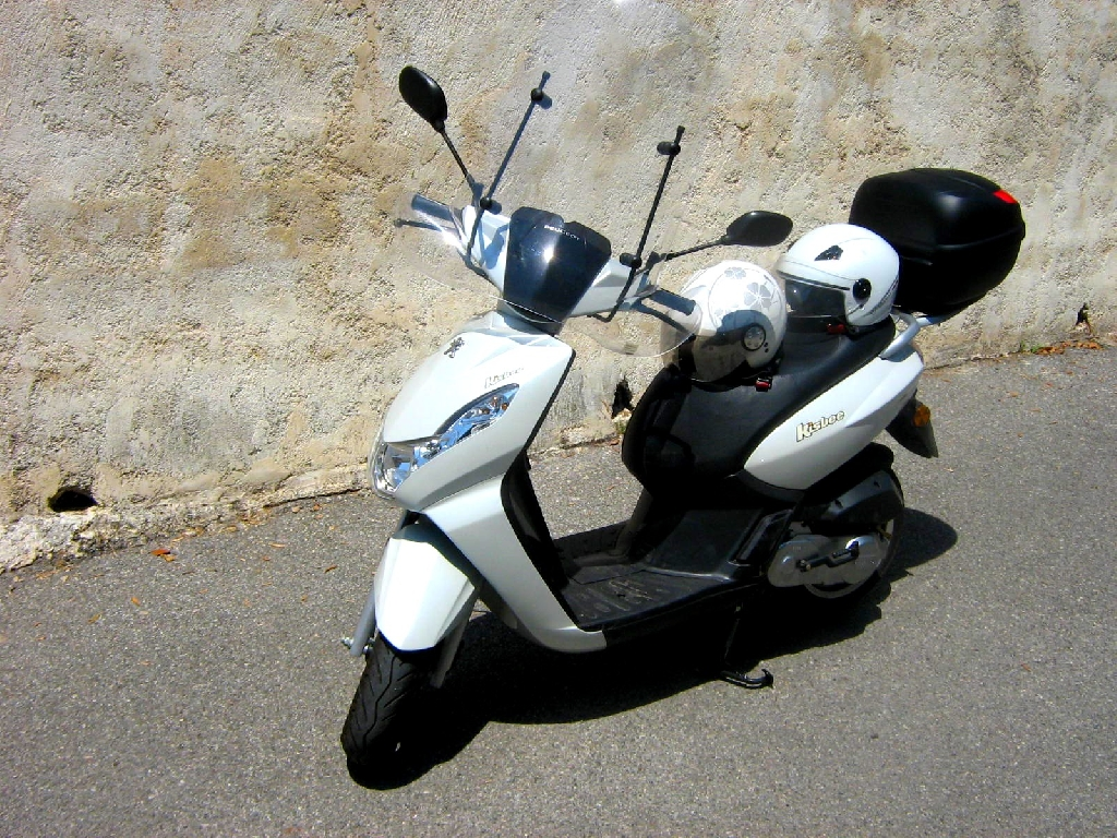 Scooter PEUGEOT Kisbee 50  occasion