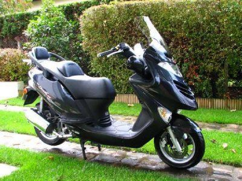 Scooter KYMCO Grand Dink 125  occasion