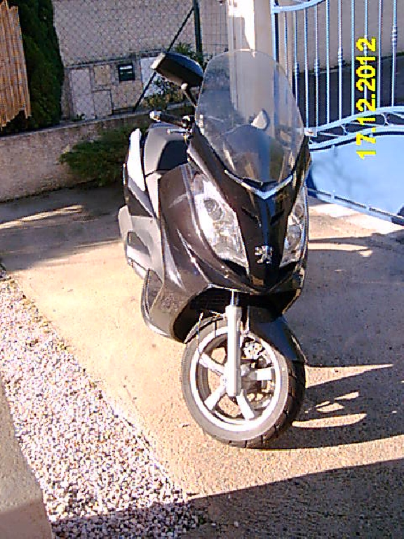 annonce scooter peugeot satelis 125 premium occasion de 2007 13 bouches du rh ne marseille. Black Bedroom Furniture Sets. Home Design Ideas