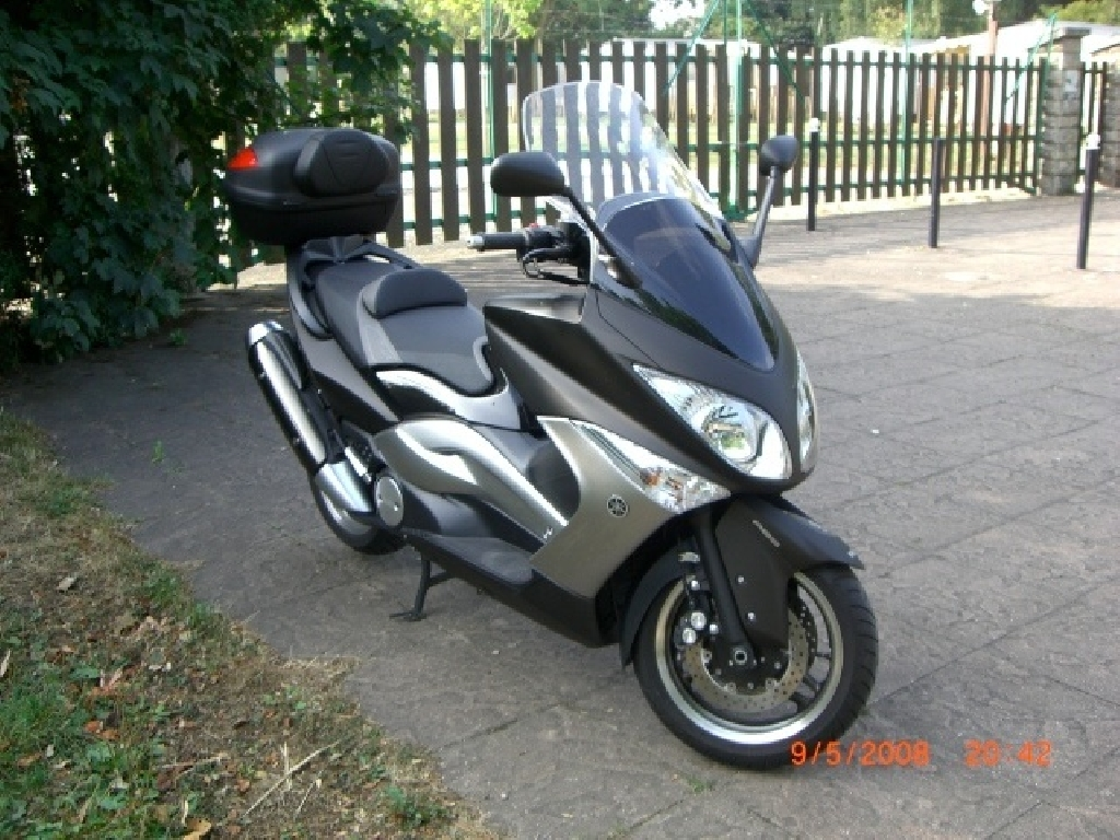 YAMAHA T-Max  2012 photo 1