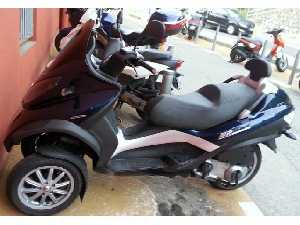 Scooter PIAGGIO MP3 250  occasion